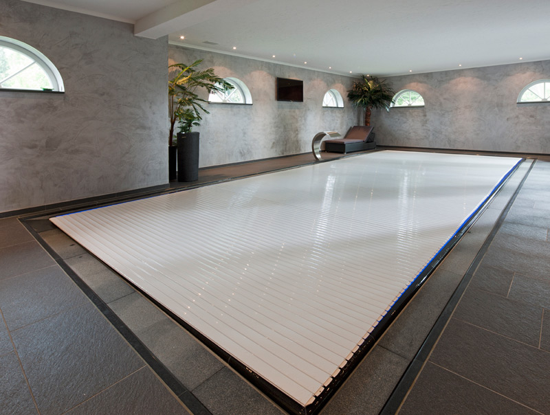 neugeboren in bargteheide schwimmbad sauna whirlpool. Black Bedroom Furniture Sets. Home Design Ideas